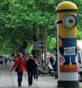 """Litfaßsäulen- reklame für den Film """"Ich – Einfach Unverbesserlich"""", Deutschland, 2010 ©Universal Pictures International Germany"""